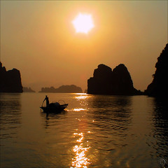 The magic of Hạ Long Bay photo by NaPix -- (Time out)