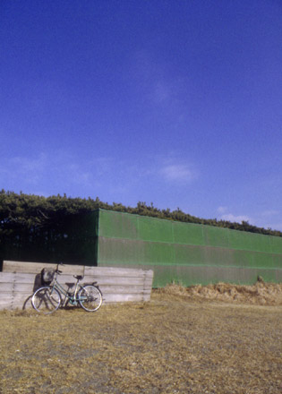 自転車と空