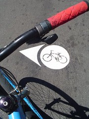 bike blvd. markings - NE 37th & Holman