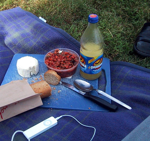Sunday Picnic, Labour Day