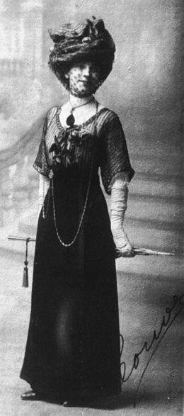 leonor_1911_madre