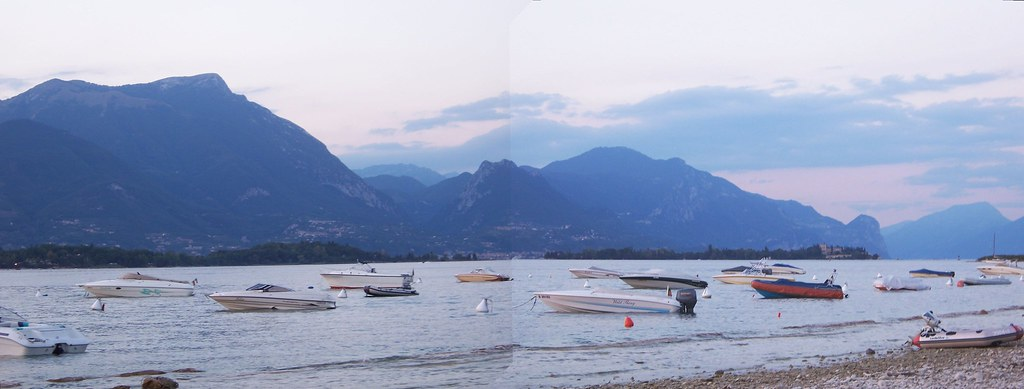 Quick panorama of Lago di Garda at dusk