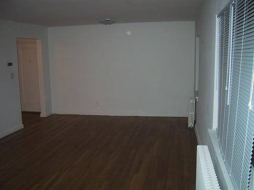 White Walls, Bare Floors