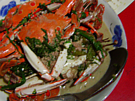 Crabs in coconut sauce