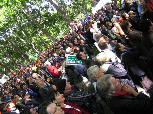 IR protest hordes in Carlton Gardens