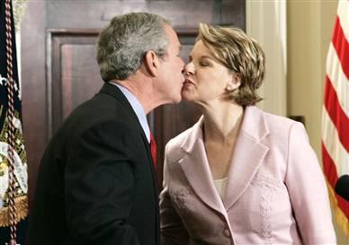 bush_kiss_2