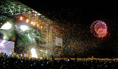 Coldplay Concert Stage (Osheaga 2009) with Fireworks & Butterflies photo by Anirudh Koul