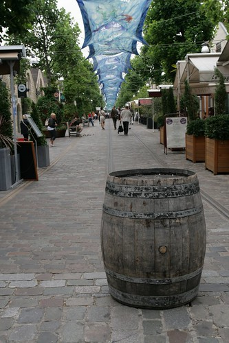 2009-08-08 Bercy Village 003