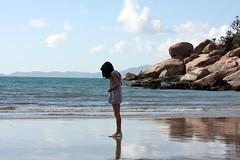 Buscando su sombra, por Alex photo by parisinita