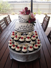 Mossy's Masterpiece - Kiara's wedding cake & cupcakes white/black/Red photo by Mossy's Masterpiece cake/cupcake designs