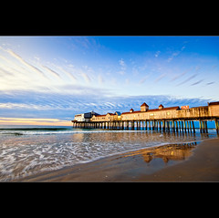 Another OOB Pier photo by moe chen