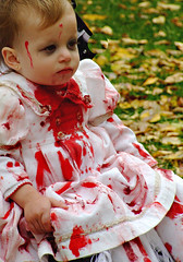 Infant Zombie photo by Églantine