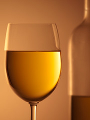 White wine photo by david.kittos