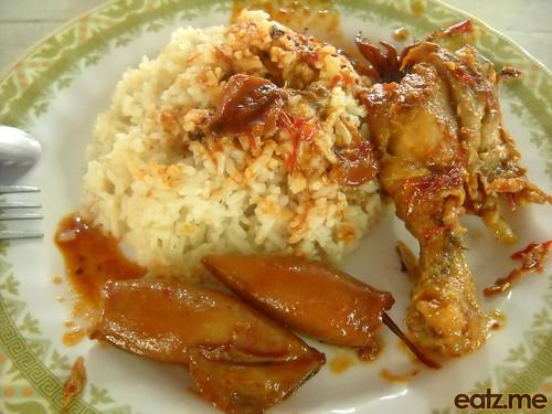 Nasi Lemak Langkawi Ayam and Sotong [eatz.me]