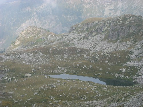Lago della valle del lys