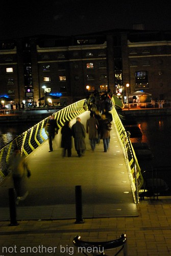 Canary Wharf bridge