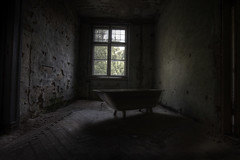 cold Krampnitz bath photo by andre govia.