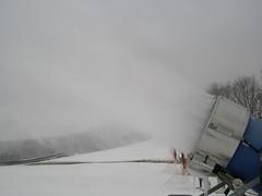 First Snowmaking 09-10 018