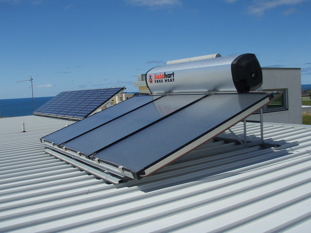 Solar Hot water, Origin Energy Solar is a reliable & environmentally friendly energy source. Contact Origin and switch to solar heating today.