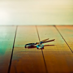 Color / Wood / Scissors photo by ►CubaGallery