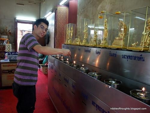 black buddha bangkok 2