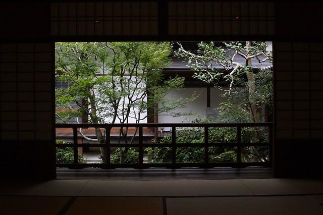 閑静な和室
