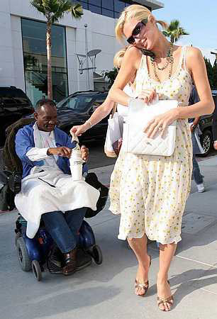 paris_hilton_gives_20b