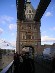 Di Atas Tower Bridge, London, UK