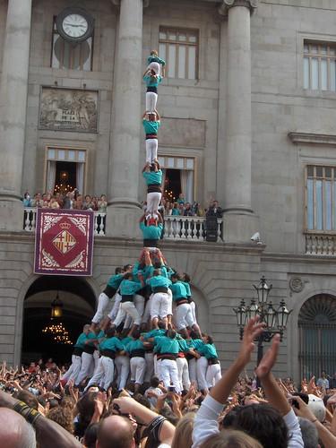 Pilar de 8 amb folre i manilles dels Castellers de Vilanova