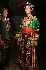 Eva tries out Traditional Tibetan Dress