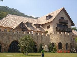 新社古堡花園 - 主建物