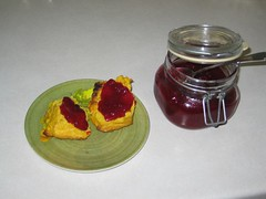 Pumpkin scones and cranberry sauce