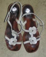 Vita sandaler från 60-talet.
