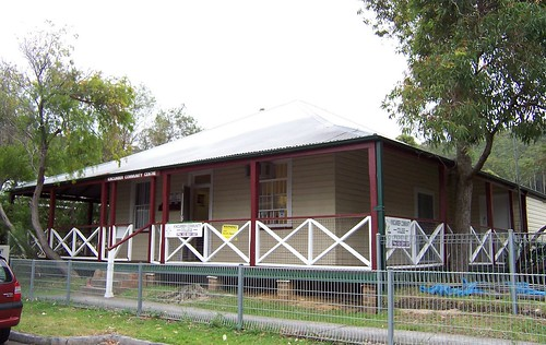 Burns family house, Kincumber