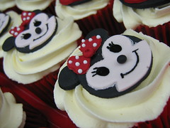 minnie mouse cupcakes photo by cherries and chives-zaheera badat