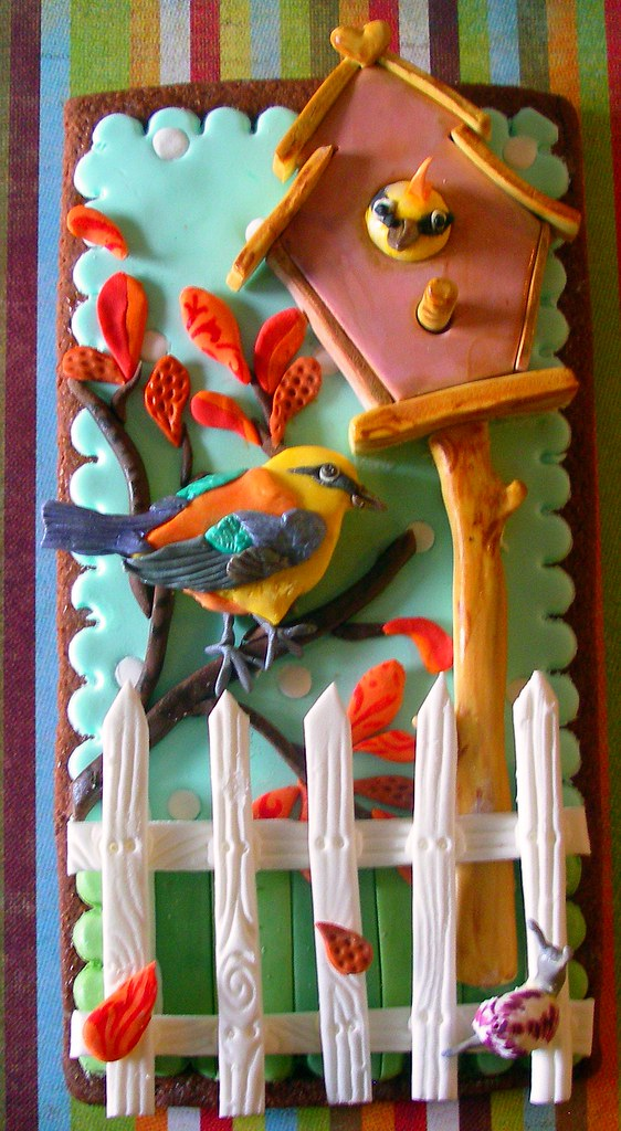 bird house cookie photo by nice icing