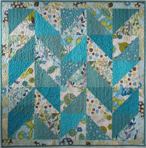 Slash/Backslash wallhanging quilt (back)