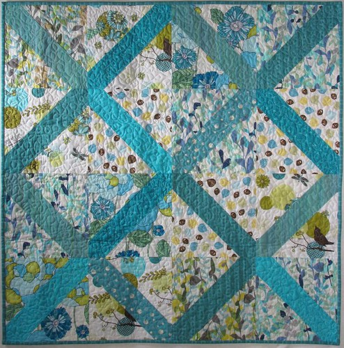 Slash/Backslash wallhanging quilt (front)
