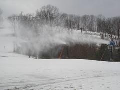 First Snowmaking 09-10 017