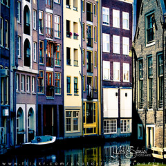 Amsterdam Technicolor photo by Jeison Spaniol