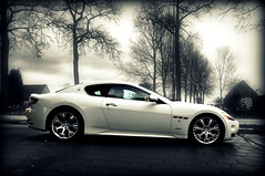 Maserati GranTurismo S photo by Thomas van Rooij