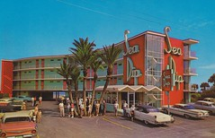 Sea Dip Motel and Apartments - Daytona Beach, Florida photo by The Pie Shops Collection