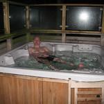 Nightime hot tub<br/>07 Apr 2010