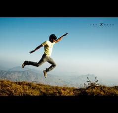 High Fly photo by abhiomkar