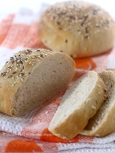 Panini alla ricotta con farina di Kamut (a lievitazione naturale) - image @ Manuela Viel
