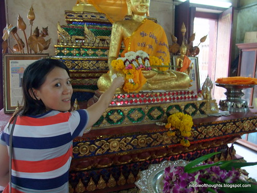 black buddha bangkok 1