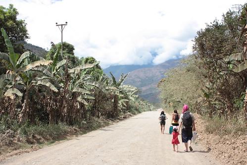 Quillabamba to Quiteni, Pérou