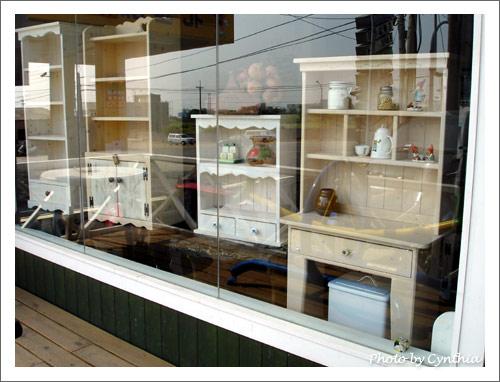 左邊的櫥窗