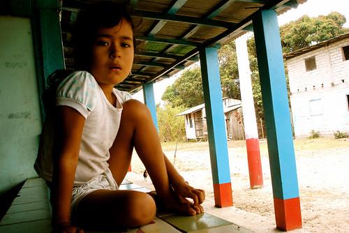 Kids in Portete Beach 12 - La chica de Bolívar