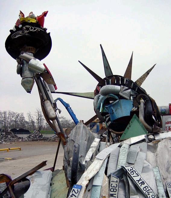 La estatua de la Libertad de chatarra